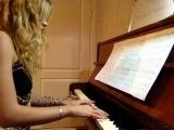 Новогоднее музыкальное поздравление от Каришки!!! :)))